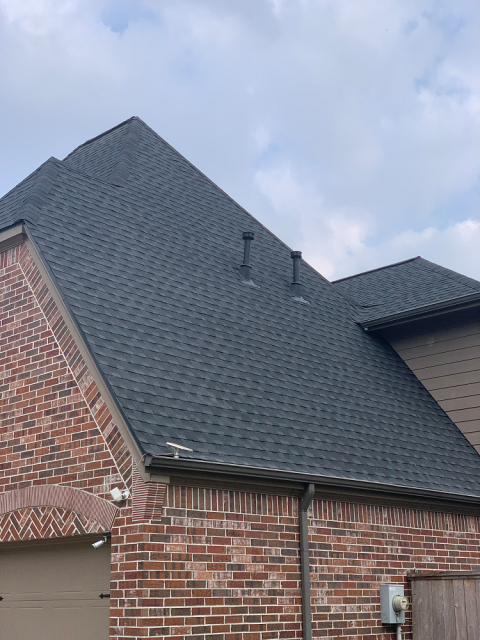 Humble, TX - This beautiful Humble home was in. need of a new roof after the rough weather we had blow through. This sturdy asphalt shingle will stand the test of time!