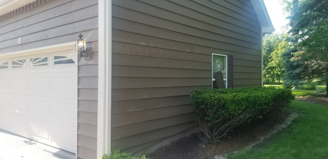 Oswego, IL - Cedar Siding repair