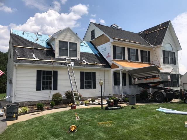 Spicer Bros. Roofing is getting the job done in Salisbury, Maryland. This beautiful home is getting GAF Timberline HD Ultra shingles in Charcoal.