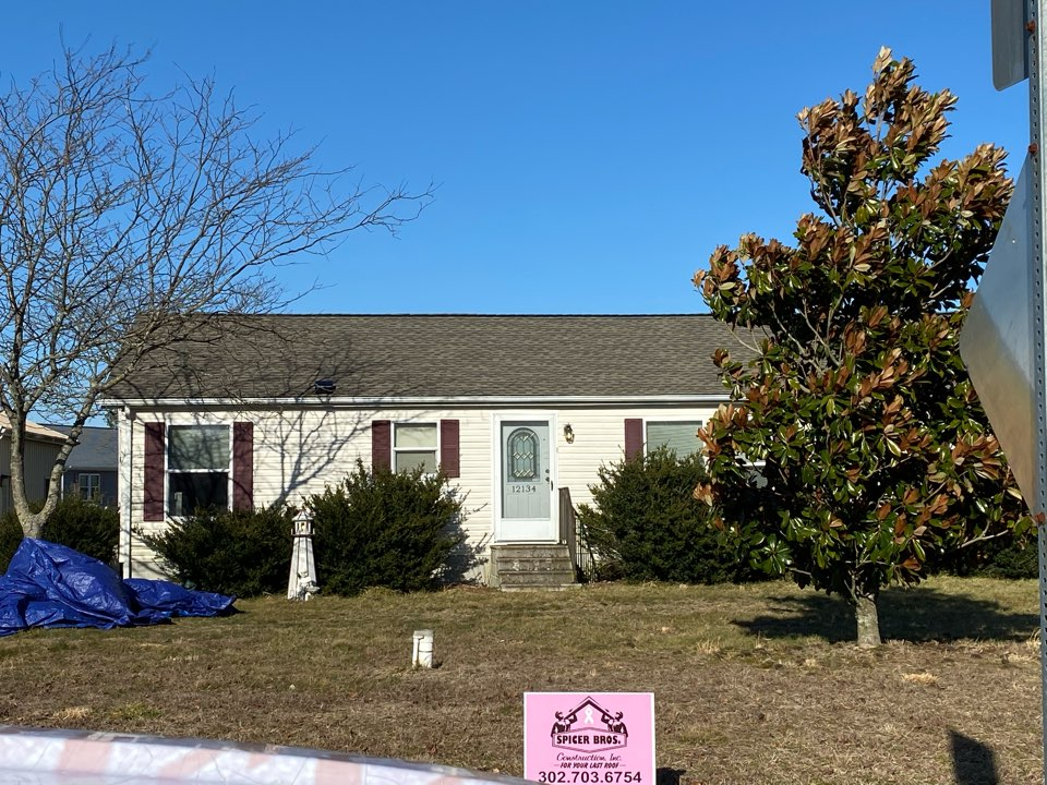 Seaford, DE - We replaced this roof with new Timberline HD shingles weather wood in color. We also replaced plywood as well that was needed.