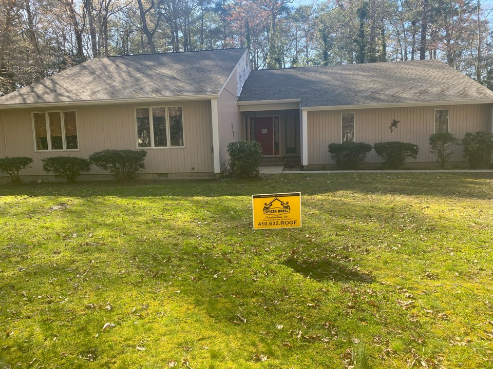 Denton, MD - We just replaced this roof with new Timberline HD shingles Weatherwood in color and installed a new ridge vent on the roof also