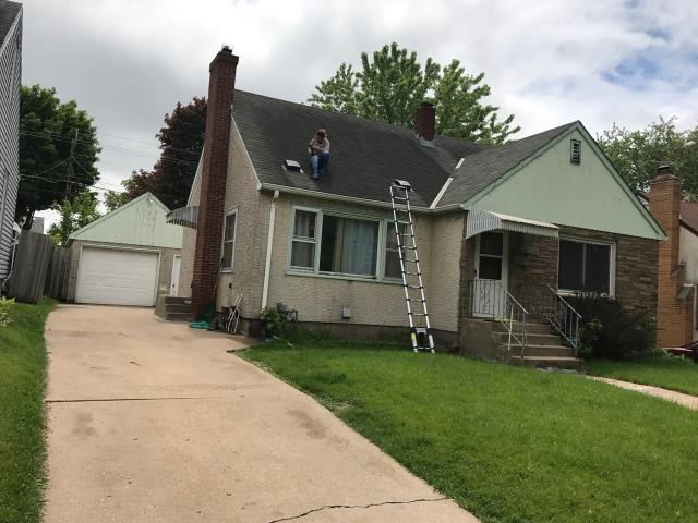 Saint Paul, MN - This homeowner requested a free roof inspection. We did the inspection and found sufficient hail damage. Then we helped the homeowner file a claim with State Farm Insurance. We met with the adjuster and they agreed with our findings. STATE FARM PAID FOR A FULL ROOF REPLACEMENT! This homeowner chose Tamko Heritage shingles, Rustic Redwood in color. We replaced this roof June 9th, 2017. YOU may have HAIL DAMAGE and not even know!CALL KAT for your FREE, NO OBLIGATION, ROOF INSPECTION!!! It only takes 15-20 minutes to inspect and we tell you if you have the damage or not. We work with ALL insurance companies! CALL KAT Construction for your FREE ROOF INSPECTION TODAY!! 612-326-1122