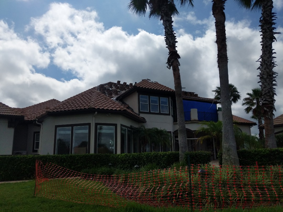 Ponte Vedra Beach, FL - A nice tile roof tie in on a new addition in Marsh Landing.