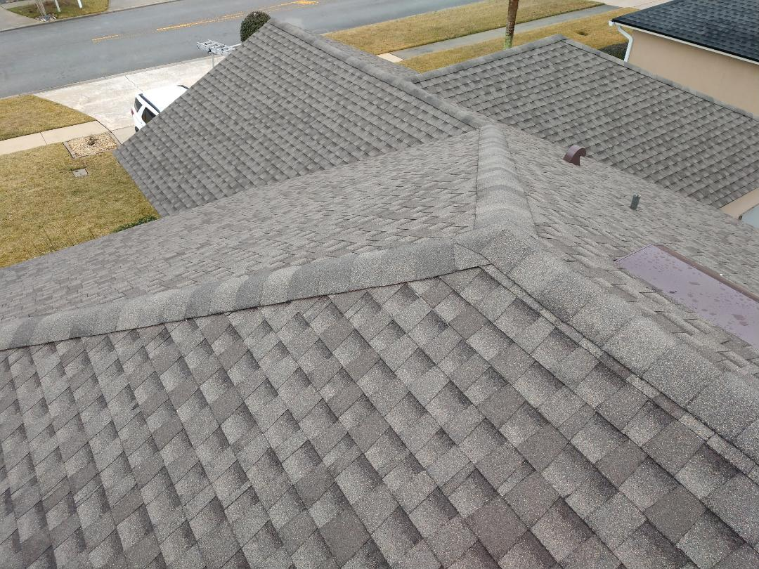Fernandina Beach, FL - What a great roof job in Flora Parke, Fernandina Beach! This GAF Timberline HDZ Weathered Wood architectural shingle looks amazing and enhances this homes appearance. Professional roofing service everytime! Stonebridge Roofing Waterproofing and Exteriors