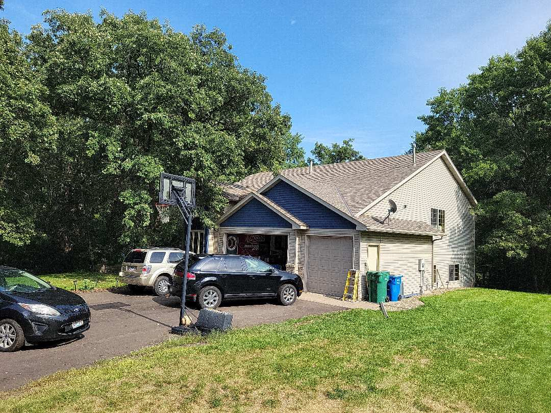 Isanti, MN - Accent color siding in gable