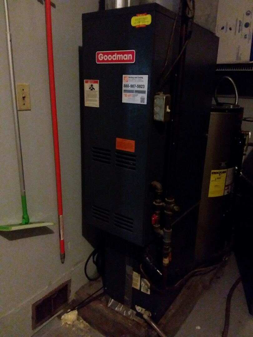 Replace a main control board on a Goodman furnace in Fairview Heights