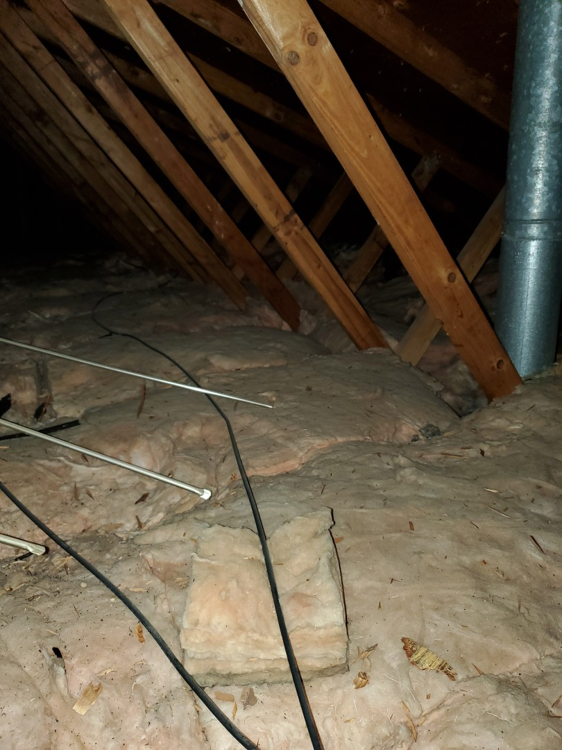 Investigating the cause of an uncomfortable second floor. Found a lack of insulation in the attic. Provided a quote to bring attic insulation level to R-49.