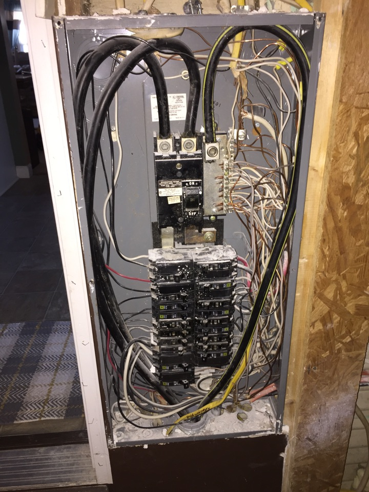 Pittsburg, IL - Electrician needed to replace and relocate a 200 amp Square D QO electrical panel and install whole home electrical surge protection.