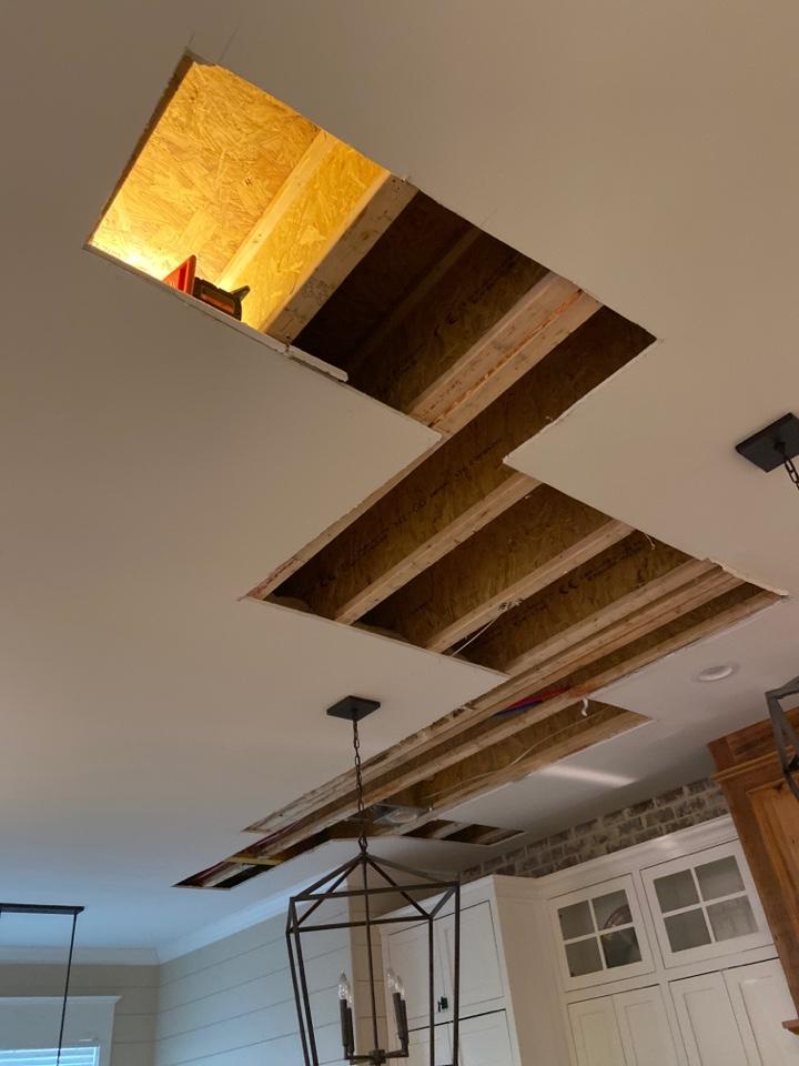 Hartselle, AL - Water leak in ceiling in Hartselle al