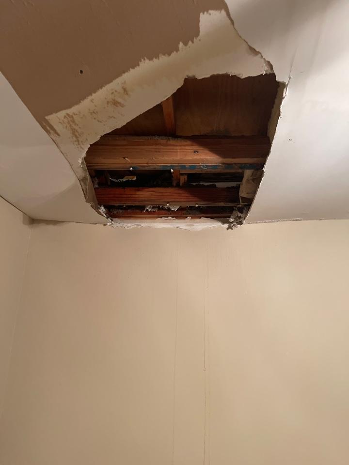 Huntsville, AL - A/c drain failure causing the drywall below to give