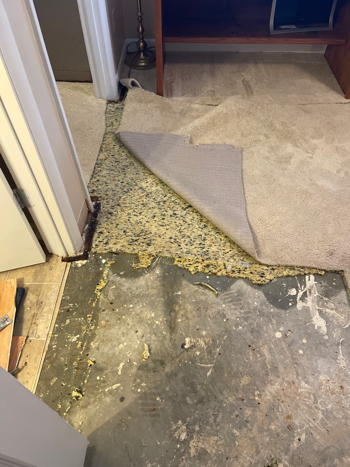 Decatur, AL - Ground water intrusion remove and dry