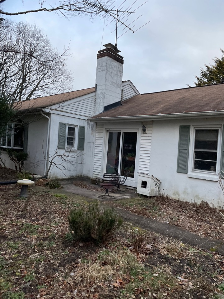 Landenberg, PA - Chimney rebuild and roof replacement