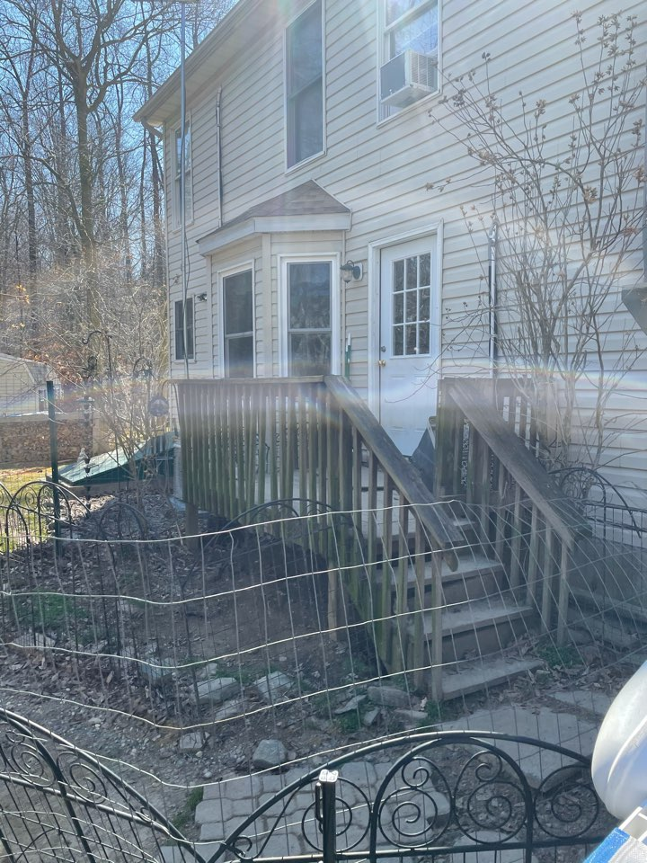 Elkton, MD - Deck replacement trex install