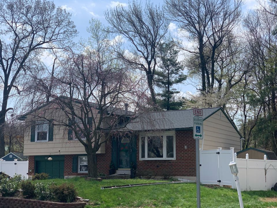 New Castle, DE - Roof Replacement - GAF Timberline HDZ 50 year lifetime Pewter Gray shingles