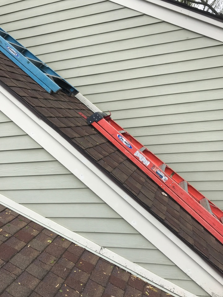 Landenberg, PA - Roofing and siding repair
