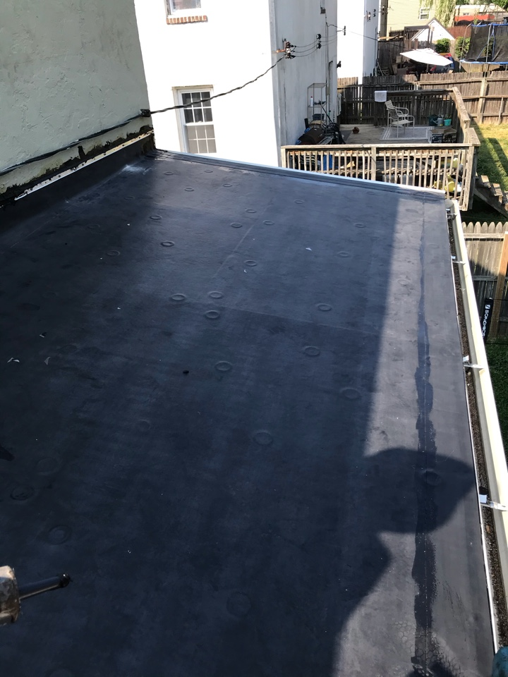 New Castle, DE - another new flat roof installed