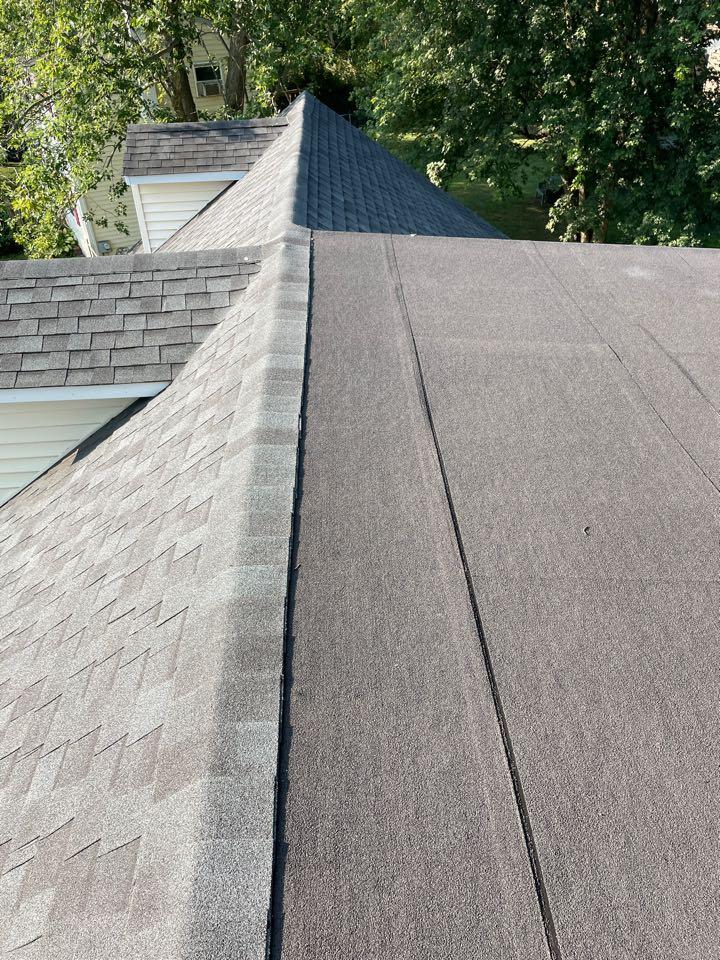 Elkton, MD - Flat roof repair and shingle repair