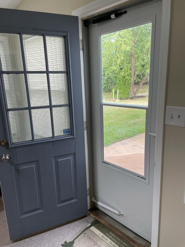Bear, DE - Free estimate to replace entry door