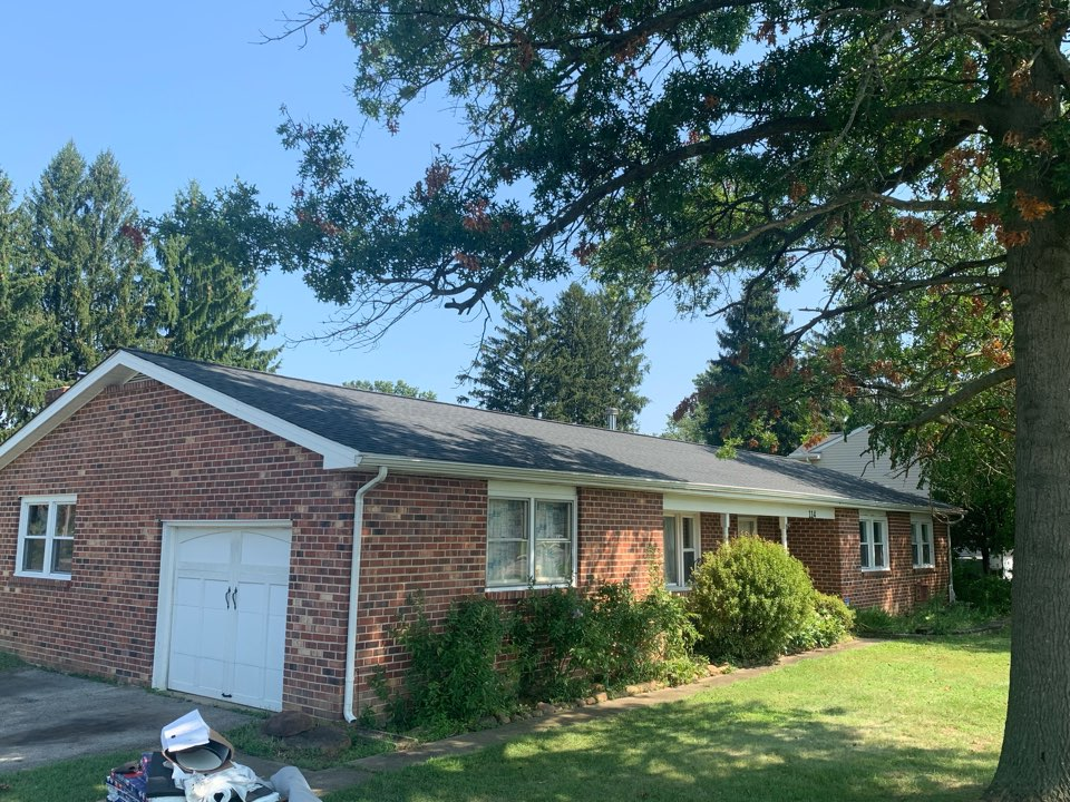Elkton, MD - Roof Replacement - GAF Timberline HDZ three dimensional 50 year lifetime Charcoal shingles with custom bent black counter flashing