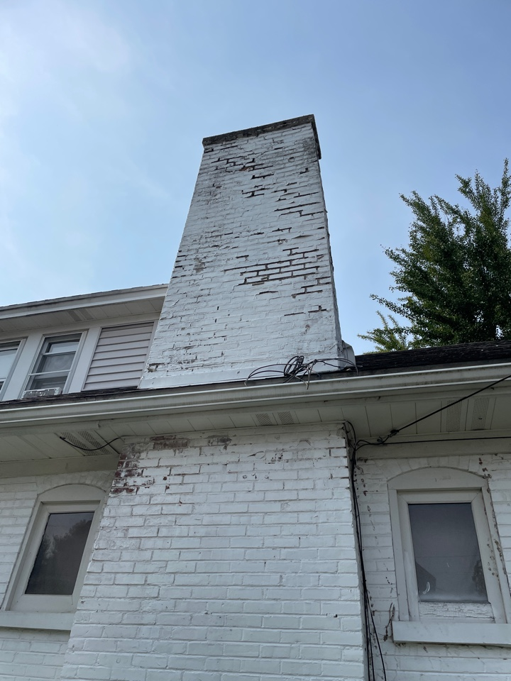 Wilmington, DE - Chimney repointing and crown