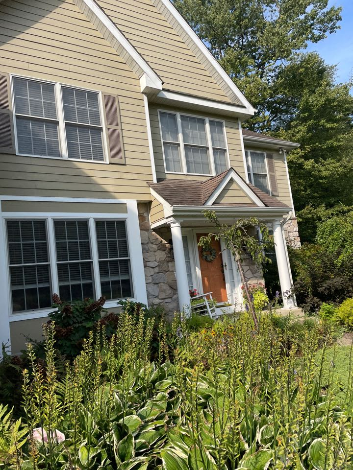 Kennett Square, PA - Roof repair and siding replacement
