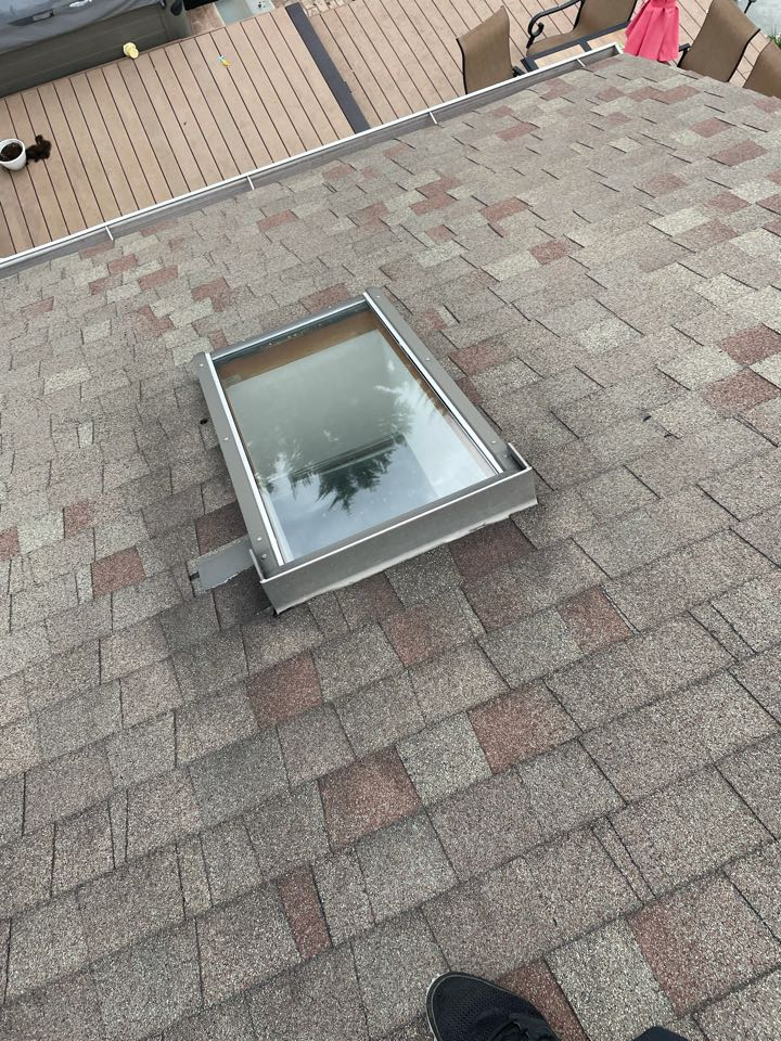 Middletown, DE - Skylight replacement and shingle repair