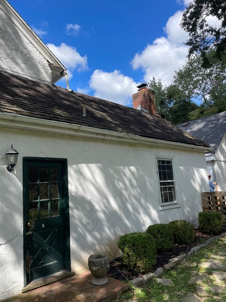 Wilmington, DE - Roof replacement and chimney rebuild