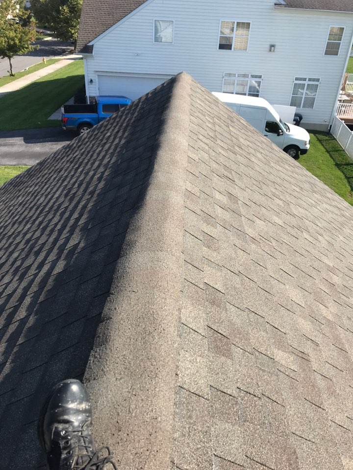 Middletown, DE - Installing zinc strips to the roof