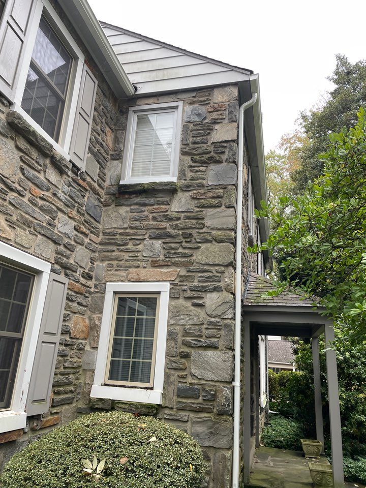 Wilmington, DE - Replace windows and roof replacement