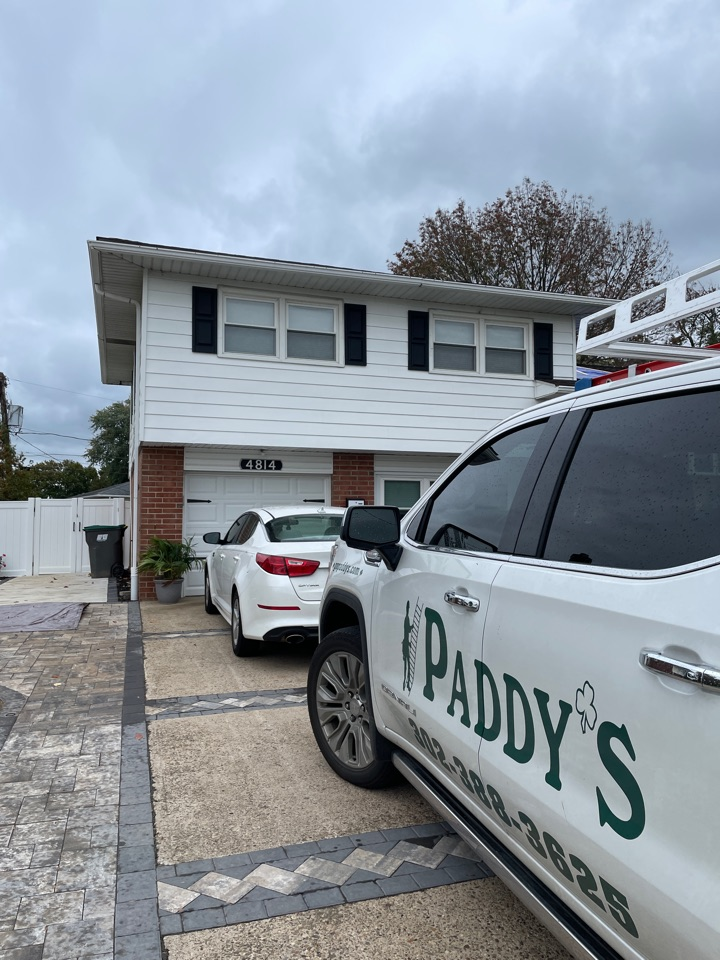 Wilmington, DE - Roof replacement and gutter replacement