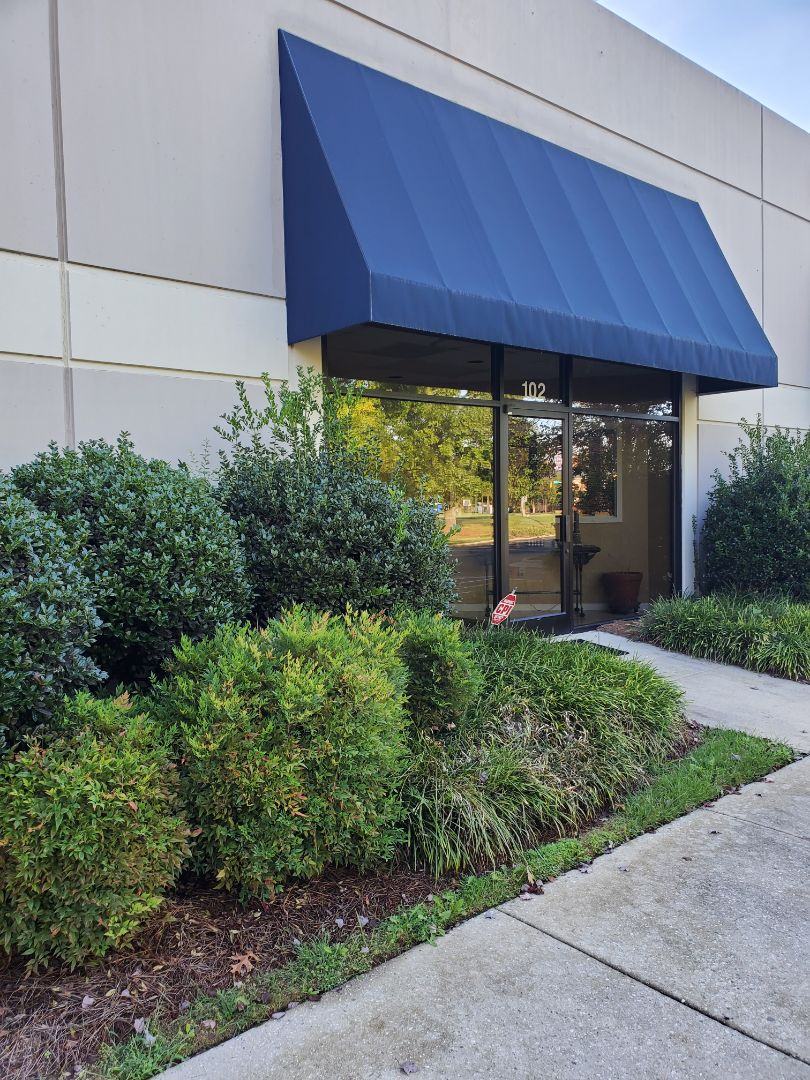 Tce commercial cleaning back at it again doing office cleaning keeping the cleaning up to standards in the  Triad #clean #dayporter #janitorial  #tcecommercialcleaning #Google #five-star #Greensboro #HighPoint #Kernersville #Triad #cleaning #services