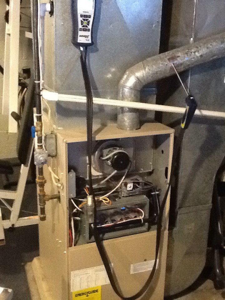 Pittsburgh, PA - Clean and check on a 80% furnace
