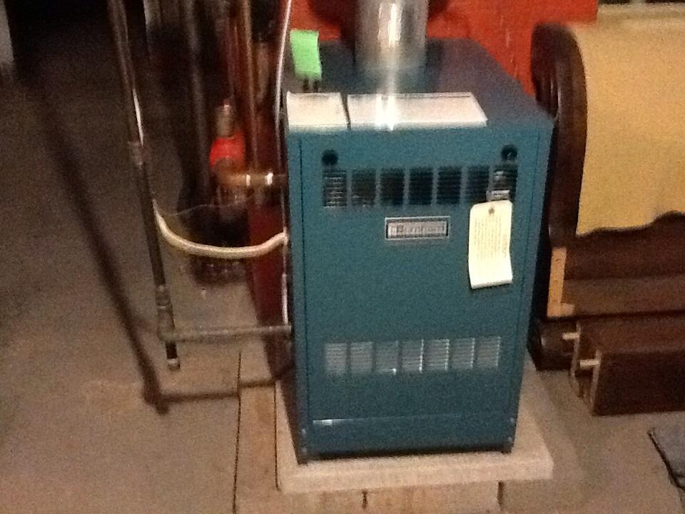 Pittsburgh, PA - Heating maintenance.