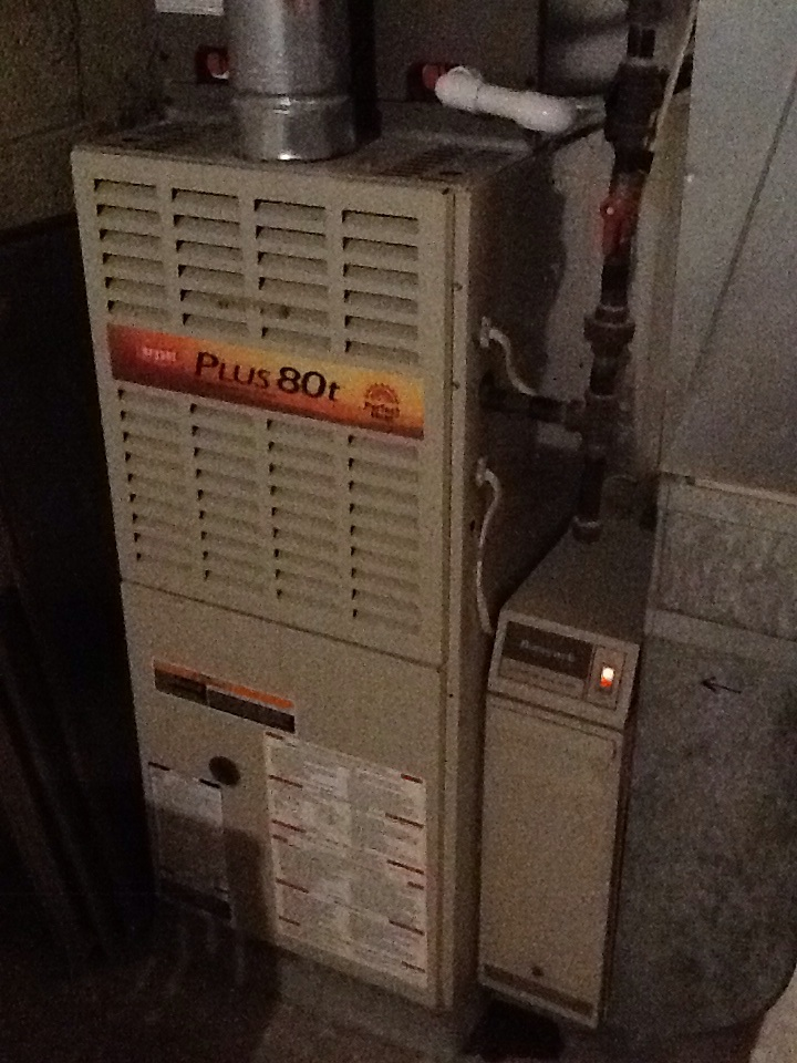 Shaler, PA - Precision furnace tune up on Bryant furnace.