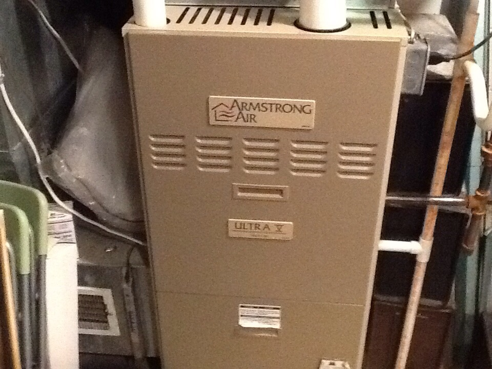Pittsburgh, PA - Assisting a customer with a no heat issue due to a failed pressure switch.