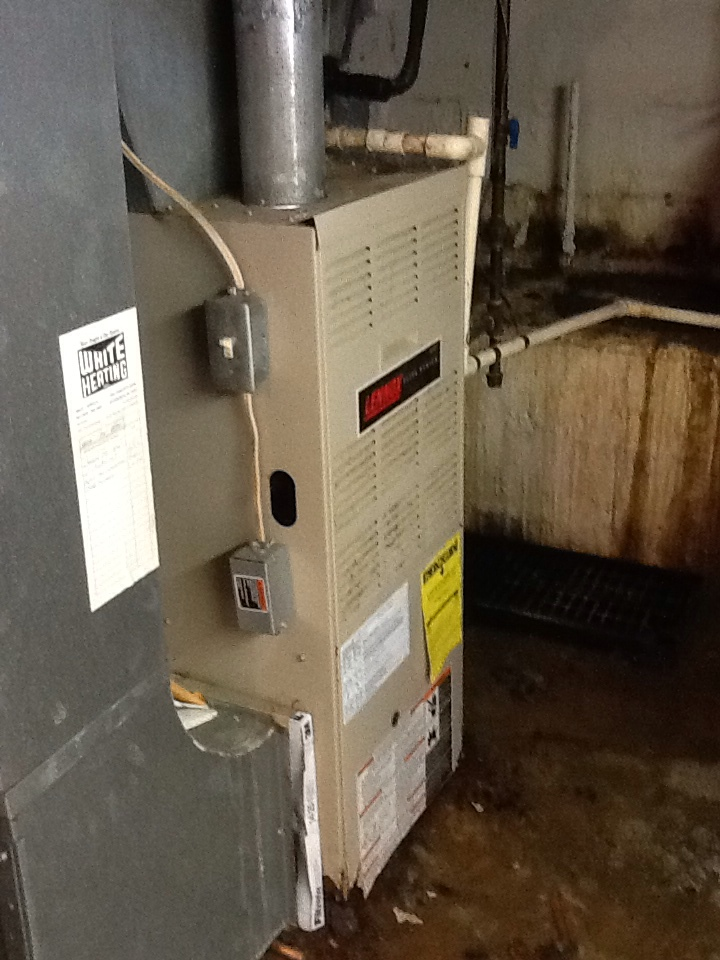 Beaver Falls, PA - Flat rate no cooling call on a Lennox furnace blower not coming on.