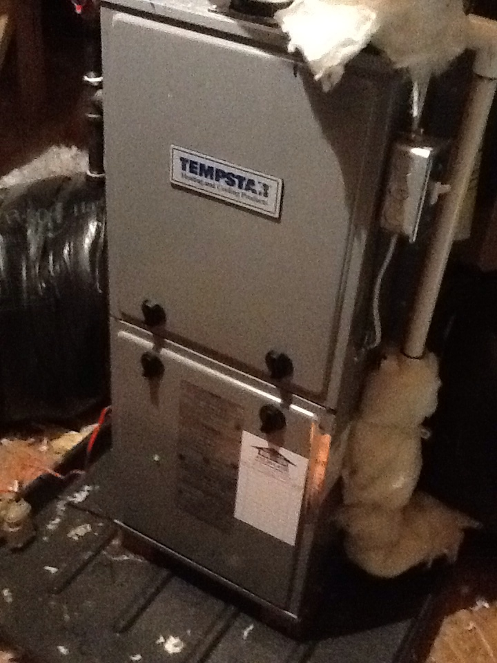 Valencia, PA - Replace pressure switches on a Tempstar furnace.