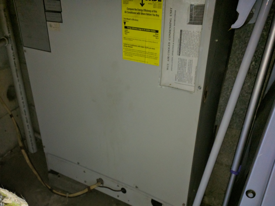 Pittsburgh, PA - Annual cooling maintenance, for a long time Signature Agreement holder with a trough the wall patio unit in a condo.