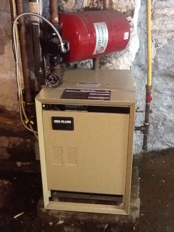 Bellevue, PA - Precision boiler tune up on a Weil McLain boiler.