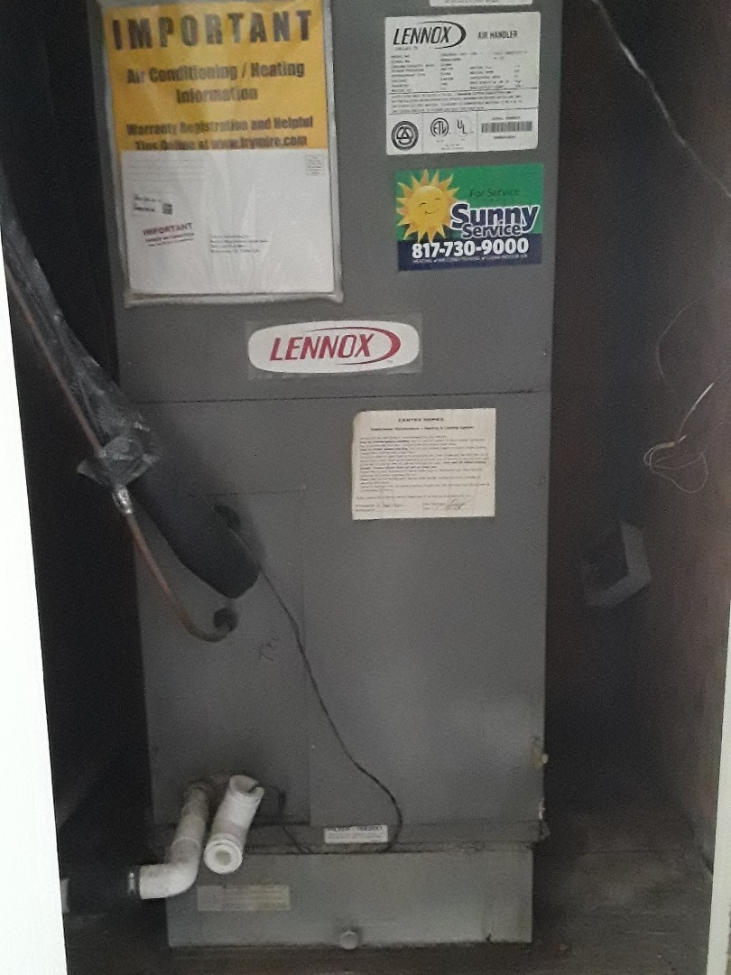 Fort Worth, TX - Ac tune up on a Lennox