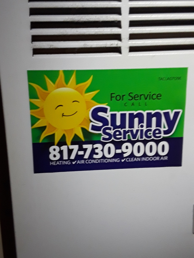 Euless, TX - Check out the air conditioner