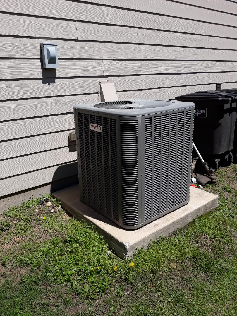 Haslet, TX - Air conditioner not working service call on Lennox system