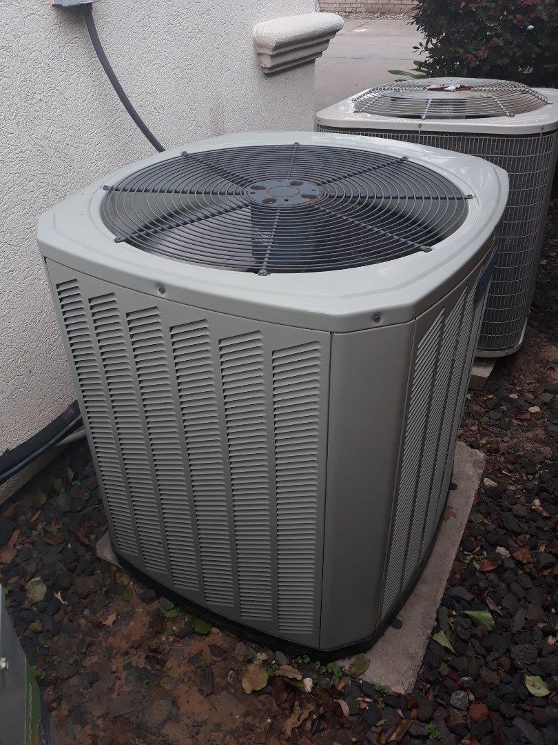 Bedford, TX - Air conditioner not working service call on Trane system