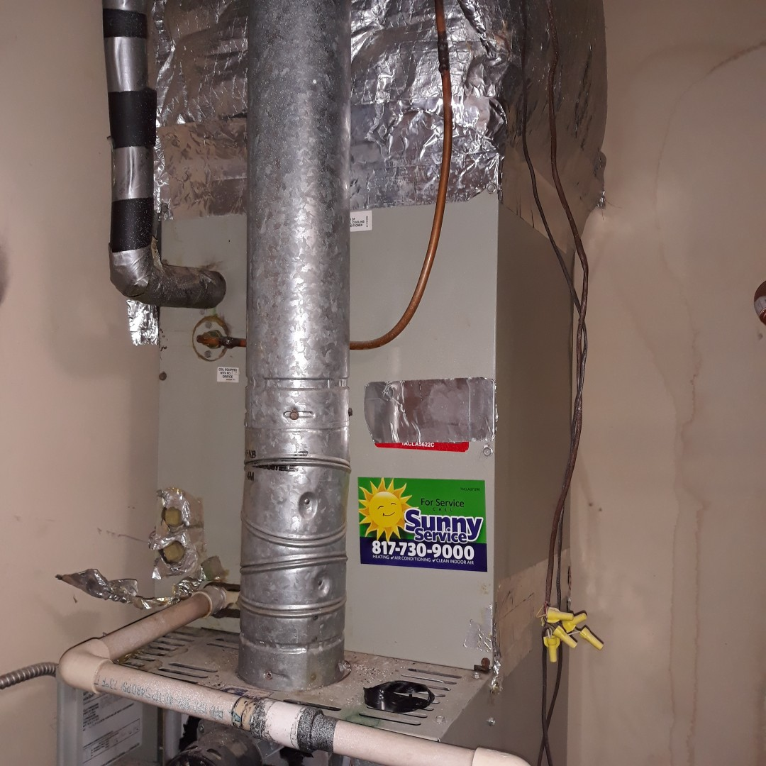 Hurst, TX - Ac leaking water service call on trane system