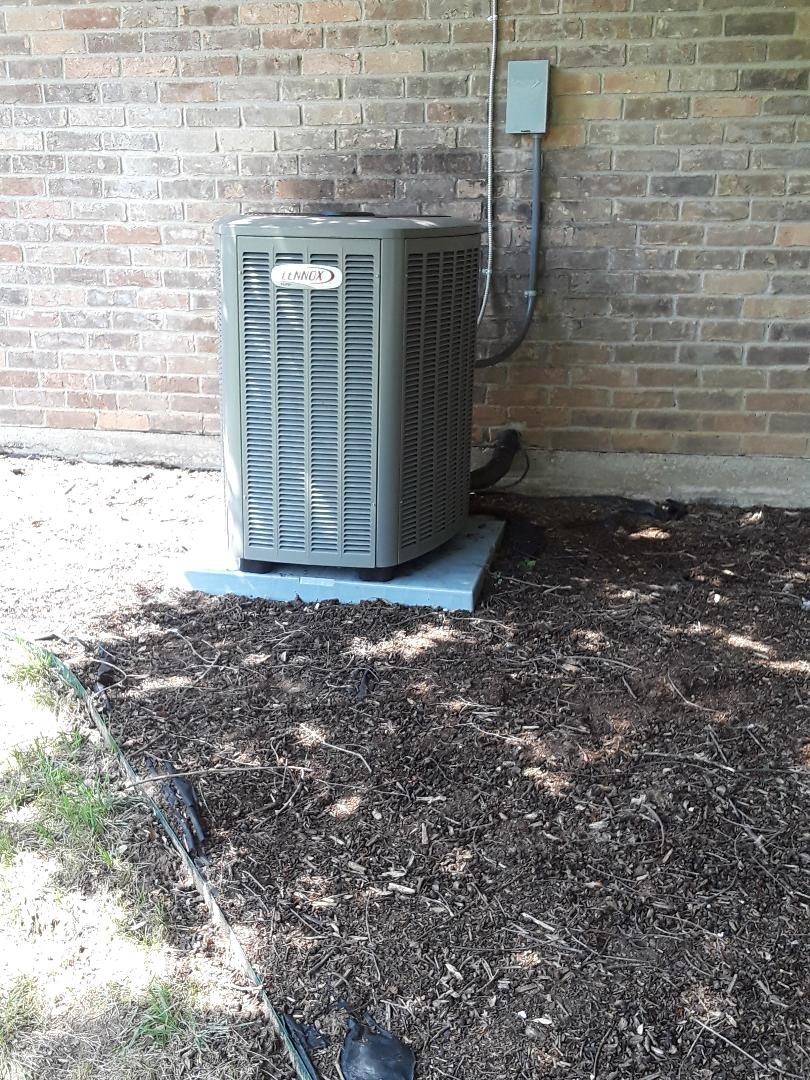 Colleyville, TX - Ac tune up on a Lennox system
