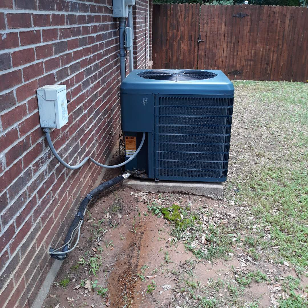 Hurst, TX - Ac leaking water service call
