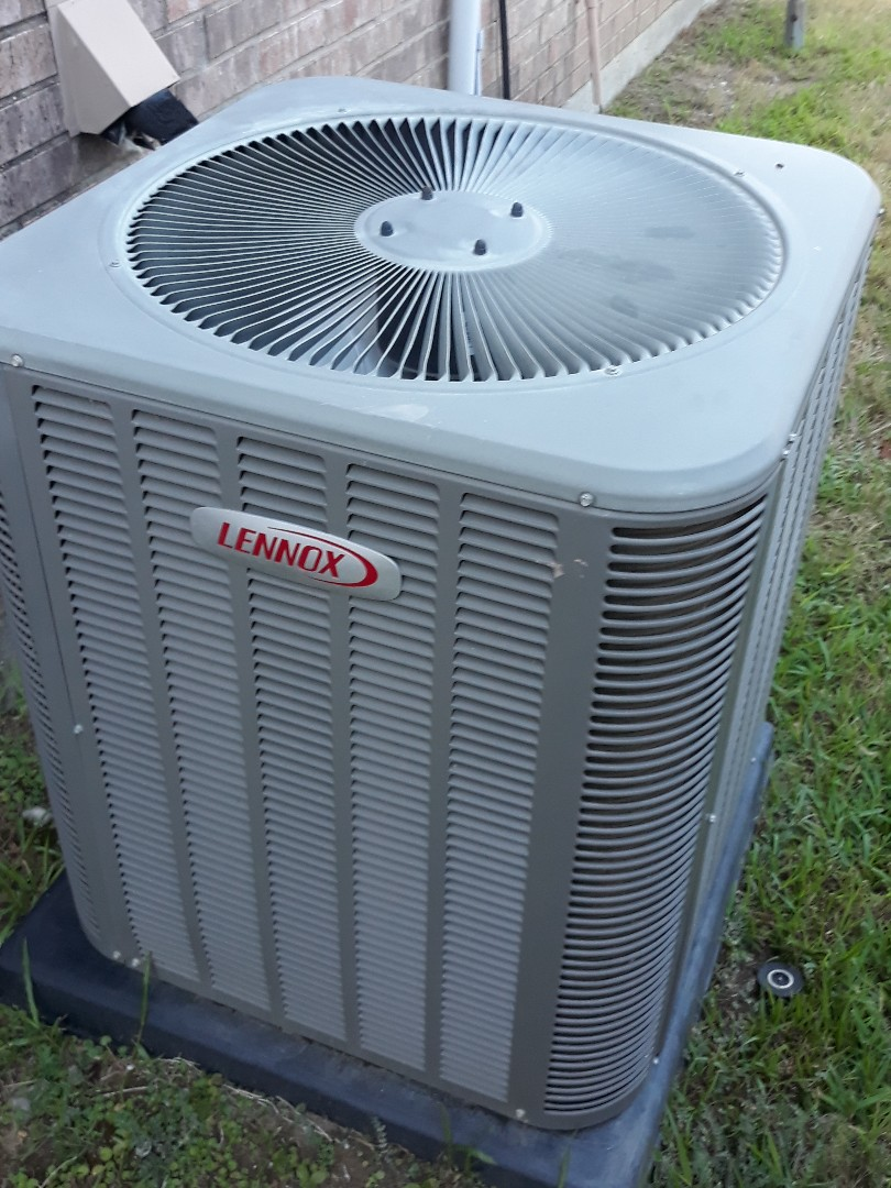 Hurst, TX - Outdoor AC unit stopped working. Performed Air conditioner repair on a Lennox.