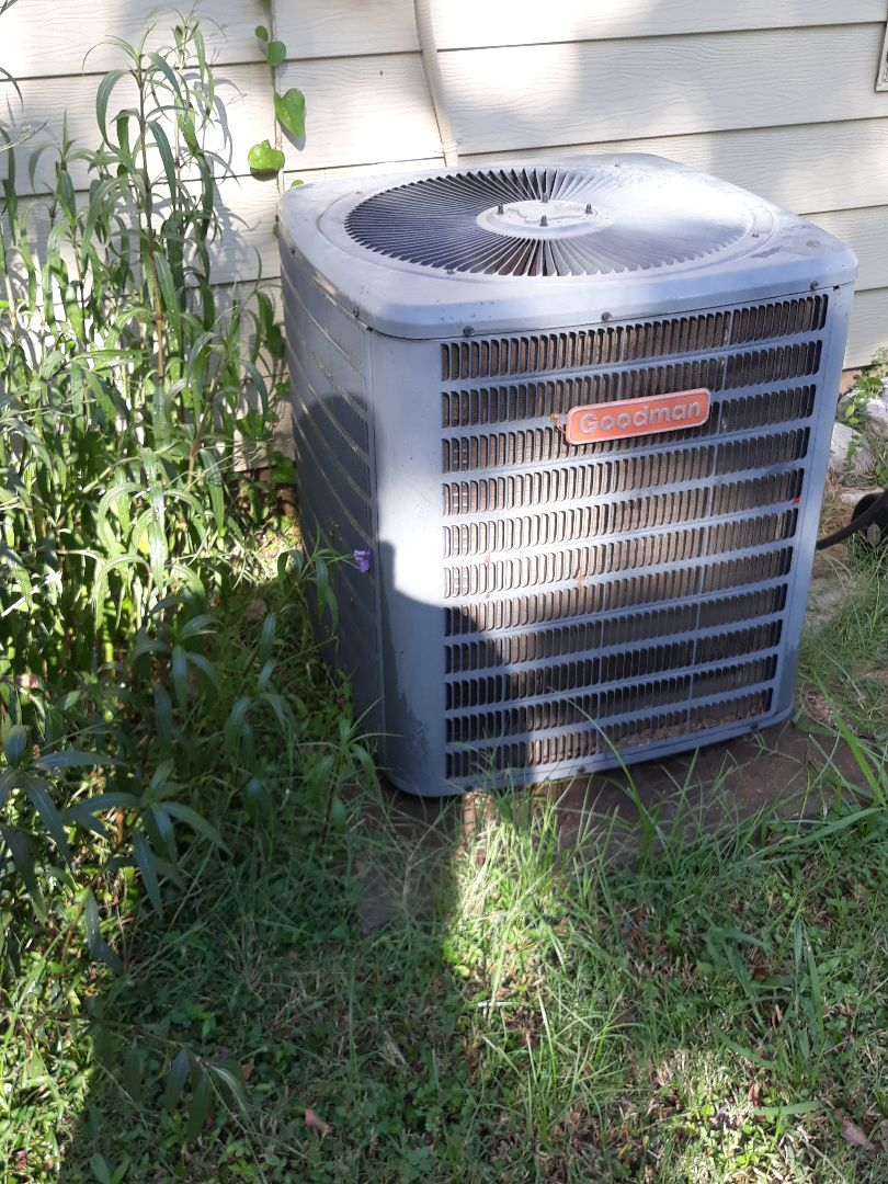 Fort Worth, TX - AC repair on a Goodman System