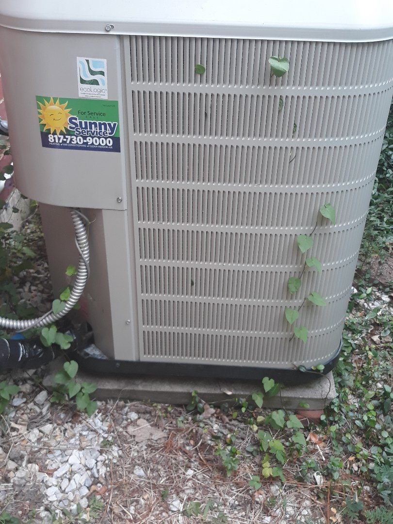 North Richland Hills, TX - Air conditioning repair on a Nordyne.