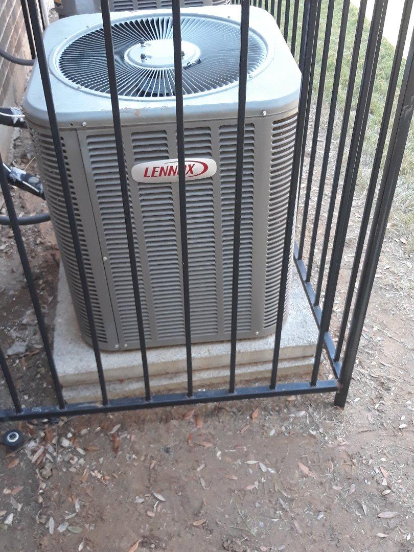 Bedford, TX - Air conditioner repair on a Lennox.